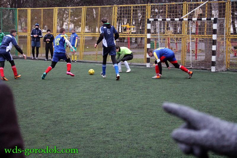 Football 2015 12 12 15