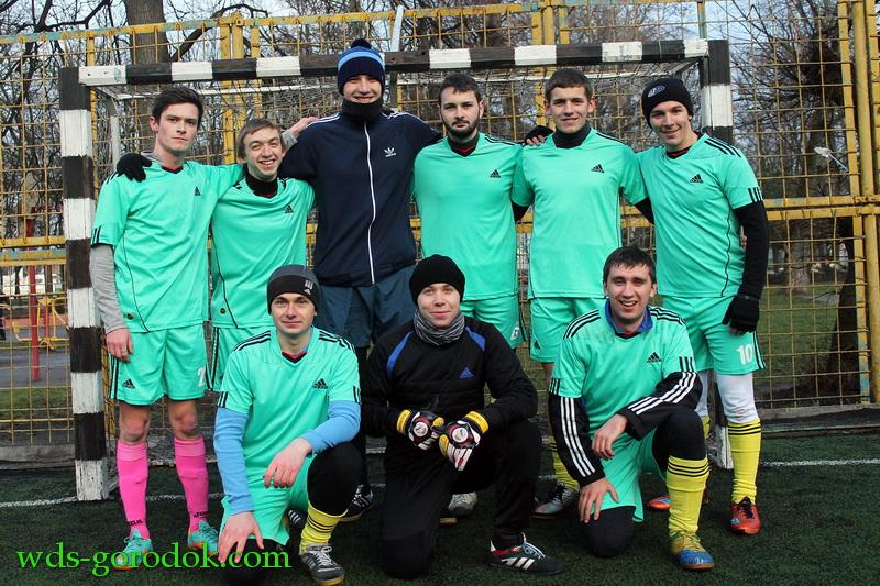 Football 2015 12 12 18