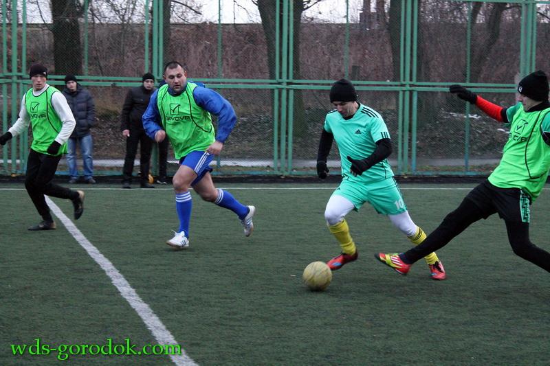 Football 2015 12 12 21